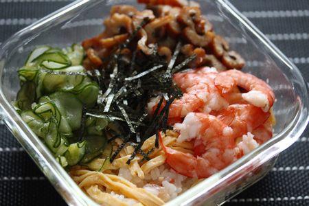 穴子と海老のちらし寿司弁当