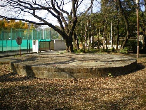 国府台・貯水槽