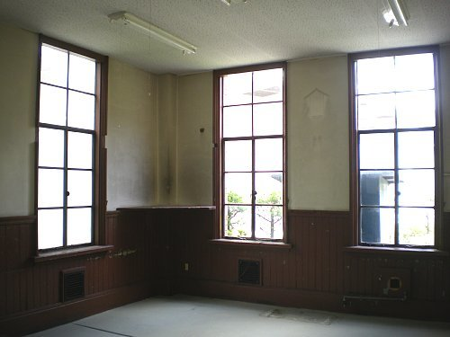 旧岡谷市役所・1F食堂