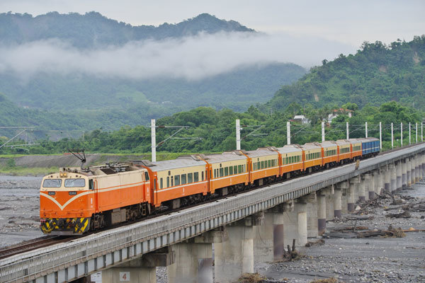 170617yamazato-shikano653.jpg