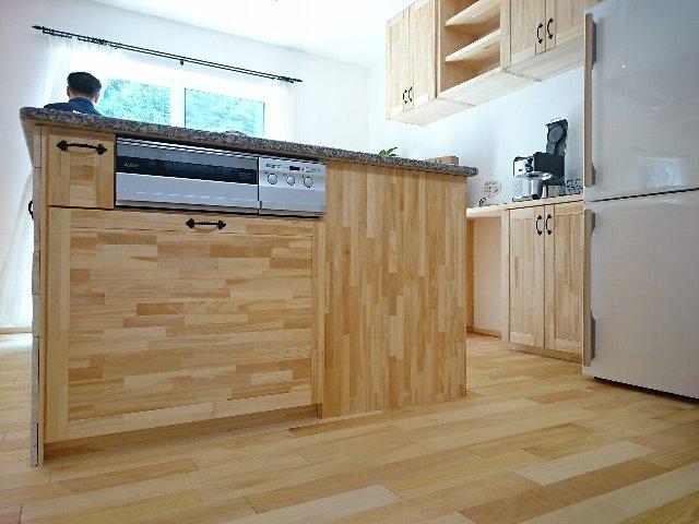 無添加住宅の松江 モデル キッチン