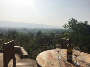 red_mountain_wine_nyaungshwe04.jpg