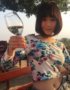 red_mountain_wine_nyaungshwe06.jpg