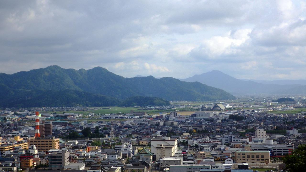 文殊山日野山