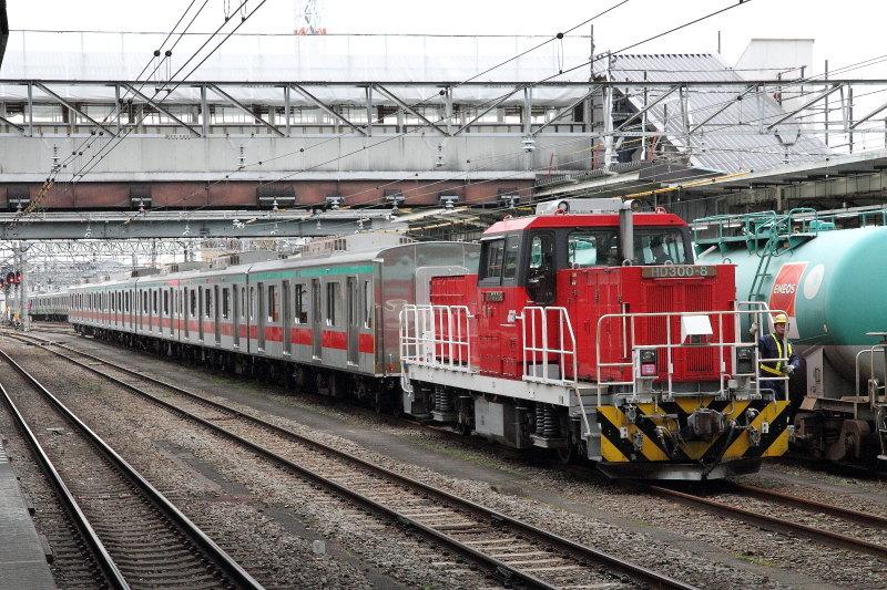 D1611_2553_HD300-8_HACHIOUJI.jpg