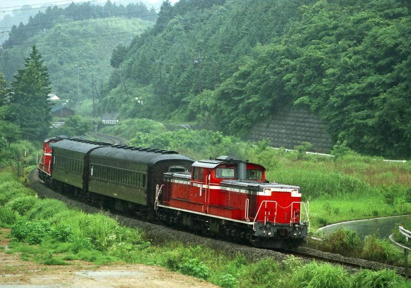 FNO9906_25_DD51897_960627_ORIHARA_TAKEZAWA.jpg