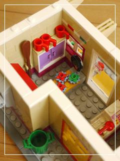 LEGOHeartlakePizzeria41.jpg