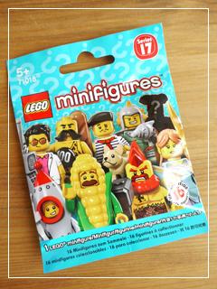 LEGOMinifigSeries17-01.jpg