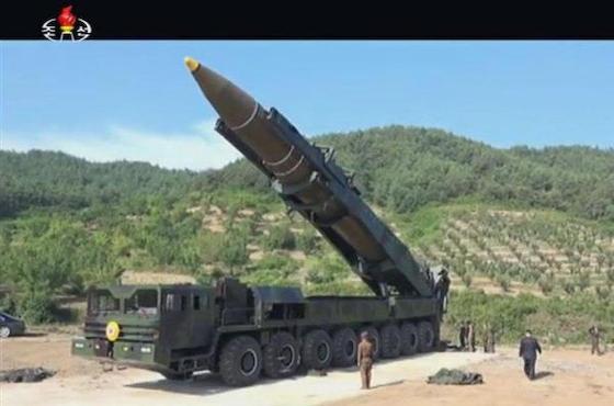 北朝鮮 ICBM 弾道ミサイル 中国 金正恩 火星14型 核 チャーハン