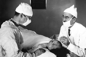 ロボトミー手術