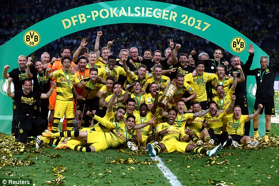 Borussia Dortmund celebrating their 2-1 win over Frankfurt at the Olympic Stadium in Berlin