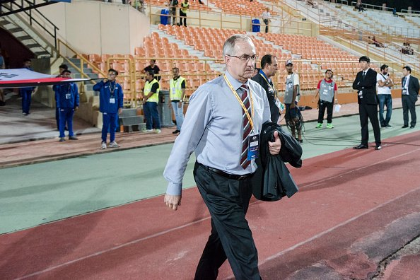 South Korea Football Association has sacked coach Uli Stielike after Qatar loss