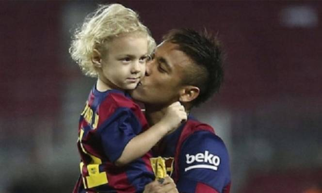neymar-and-his-son.jpg