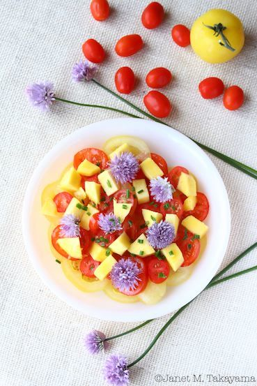 tomatomangochivesalad3.jpg