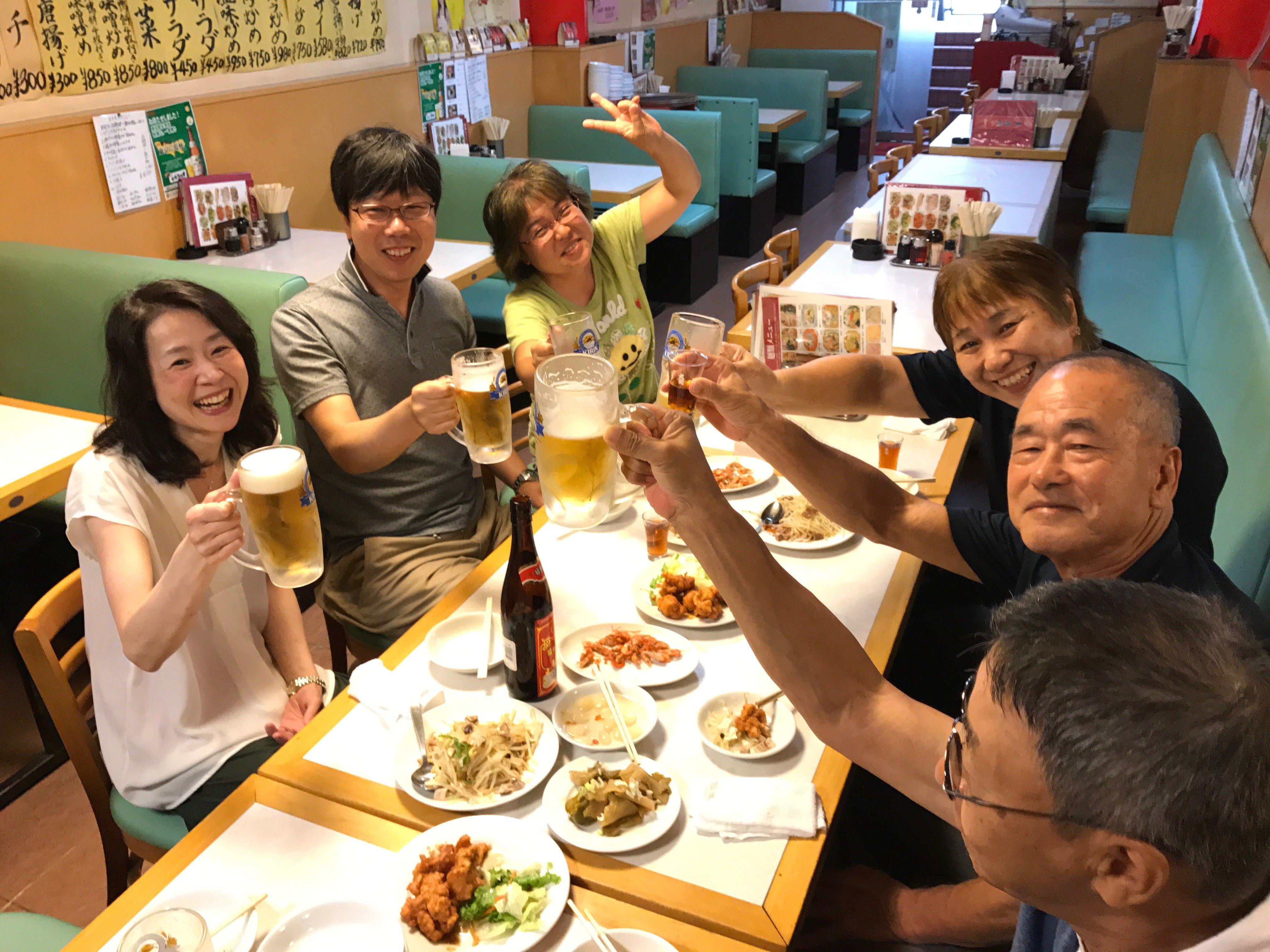 20170701いつもの中華屋 典子さん合流後の乾杯
