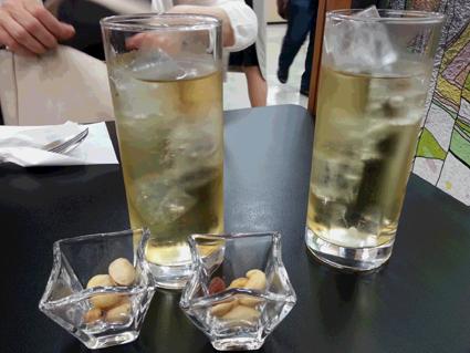 電気ブラン2杯