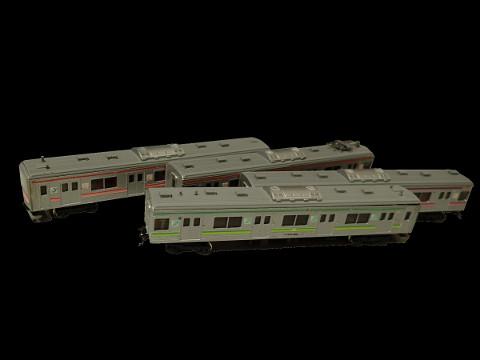 クロスポイント205系仙石線2WAYシートをリペイントします。