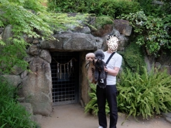 三光神社 抜け穴