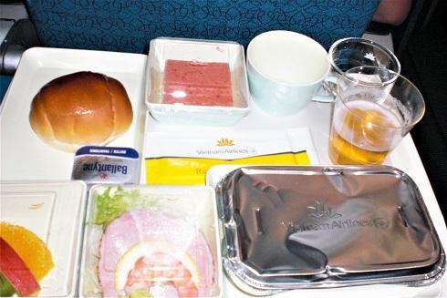 機内食ランチ