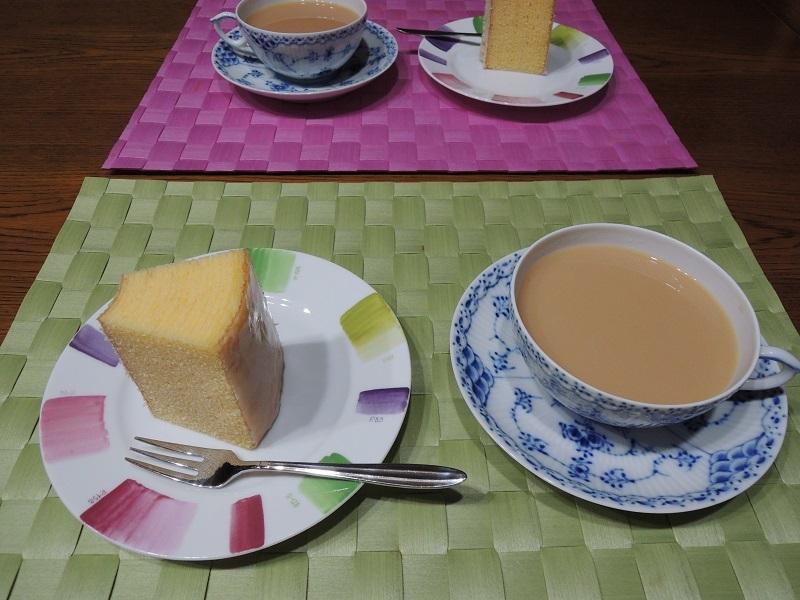 バームクーヘンと紅茶