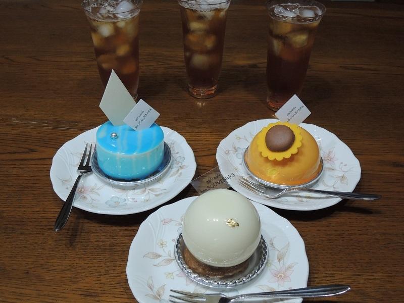 ケーキとアイスティー
