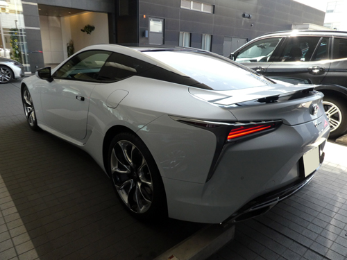 LC500リア