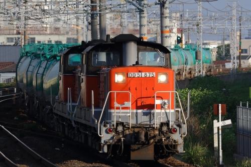 DD51 875+891牽引・8072レ 枇杷島駅