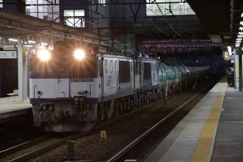 EF64 1023+1018牽引・8081レ 枇杷島駅