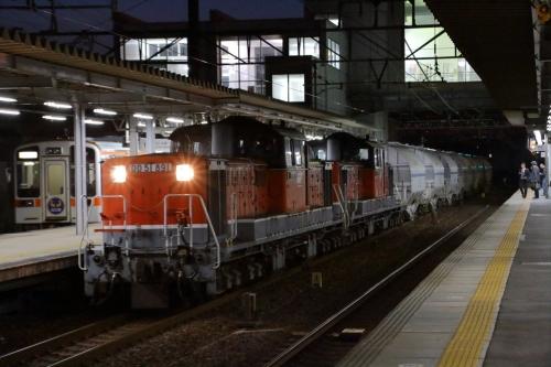 DD51 875+891牽引・5283レ 枇杷島駅