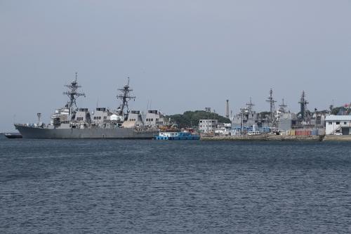 アーレイ・バーク級ミサイル駆逐艦+タイコンデロガ級ミサイル巡洋艦