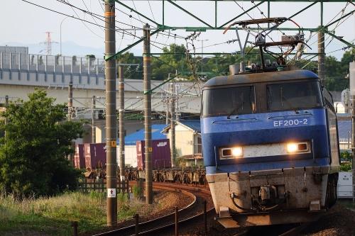 EF200-2代走・5075レ 用宗駅