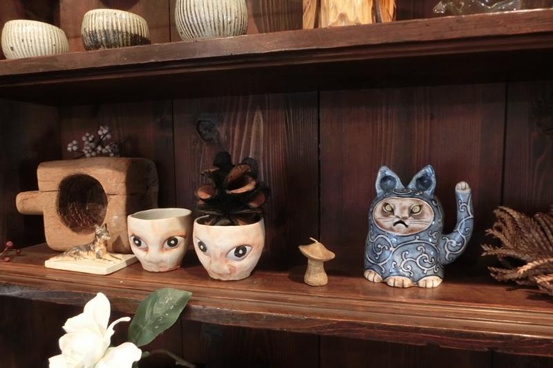 尾張瀬戸 愛知県 gallery もゆ 古民家 ギャラリー アンティーク 陶器 ガラス 雑貨