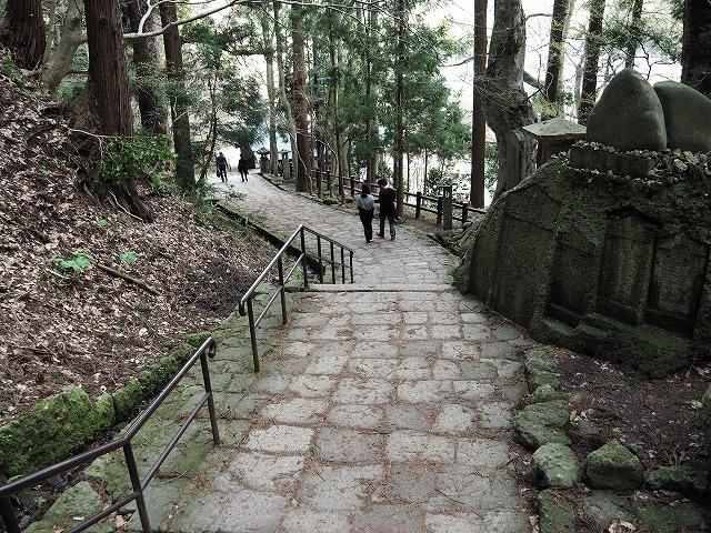 山寺の23