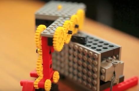ヒューマンアカデミーのロボットプログラミング教育