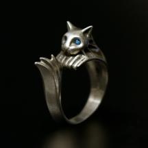 darksouls-silvercat-01.jpg