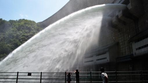 6426温井放水17632