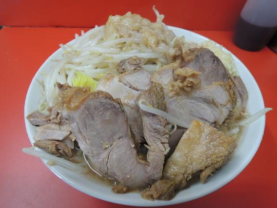 ラーメン(730円)+豚増し(150円)