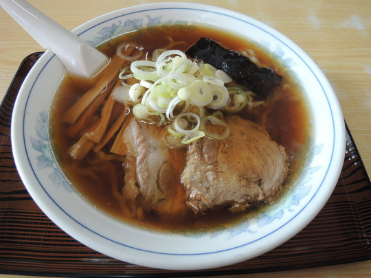 中華そば(730円)