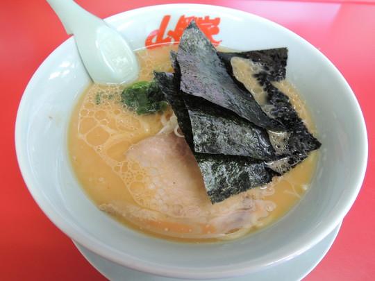 醤油ラーメン(640円)
