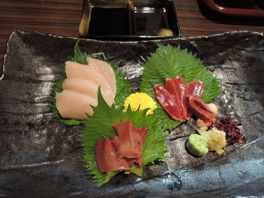 大和肉鶏「刺身四種盛合せ」(1490.4円)