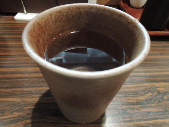 芋焼酎「幻の露(湯割り)」(486円)