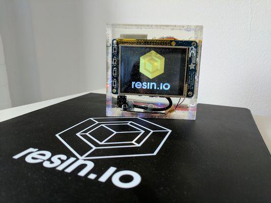 20170528a_resin-in-resin_01.jpg