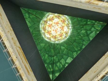 黒壁ガラス館巨大万華鏡22