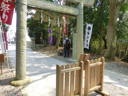 神明神社17