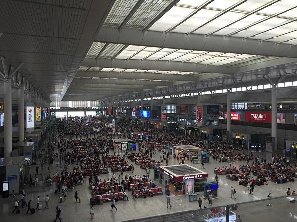 IMG_2368上海虹橋駅