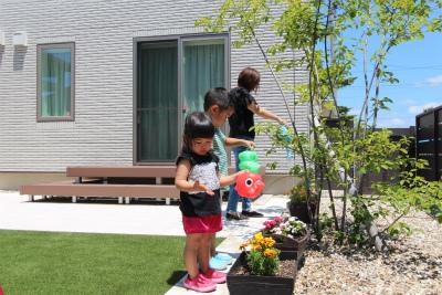 休日のお庭 (2)