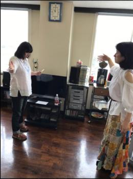 ゆかりさんとあゆみちゃんが練習!