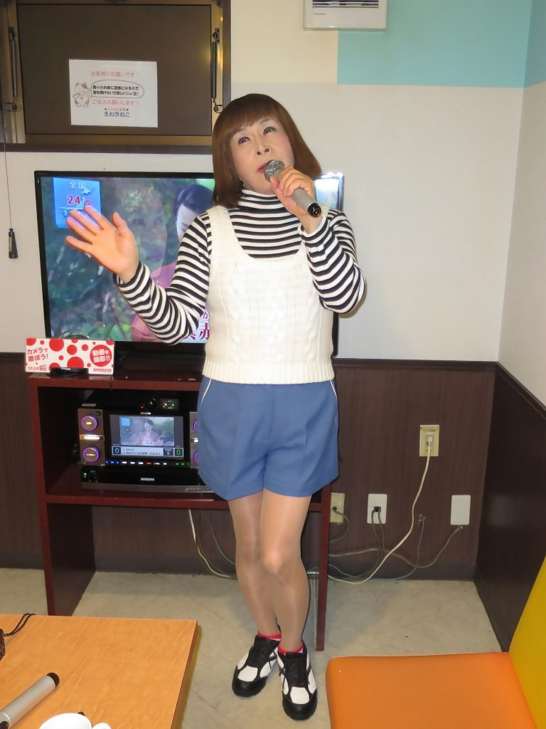青ショーパンカラオケB(5)