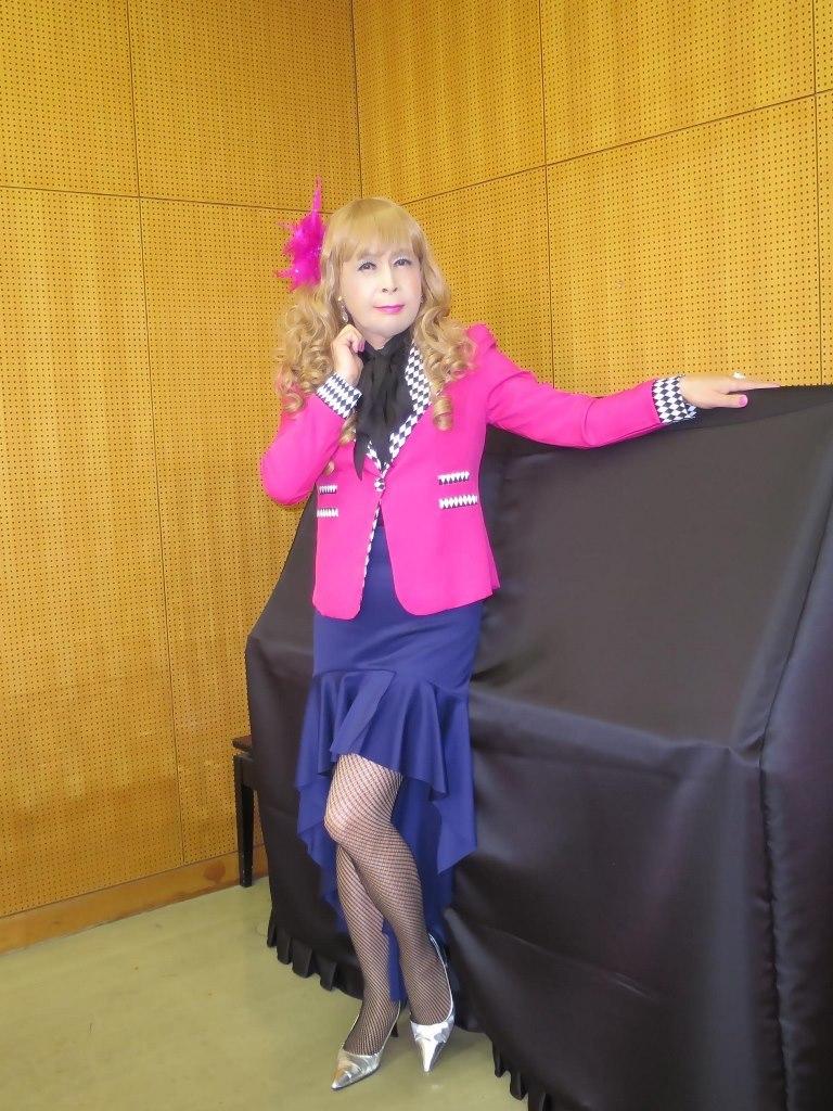ピンク舞台用ジャケット控室(3)