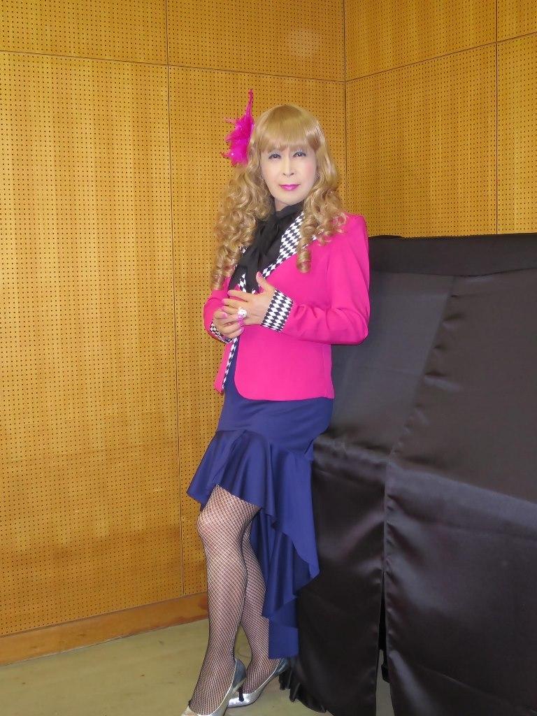 ピンク舞台用ジャケット控室(4)